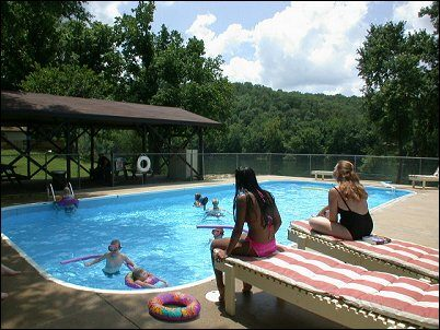 Sportsman's Resort Flippin, AR swimming pool